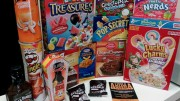 Varios de los productos que se pueden encontrar en la tienda de Little America.