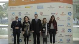 Participantes en el acto de clausura con Ximo Puig, Maria José Mainar, Yasmin Darwich