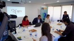 Presentación AJEV, Jose Vicente Villaverde, Ana Carrau y Carla Tomás
