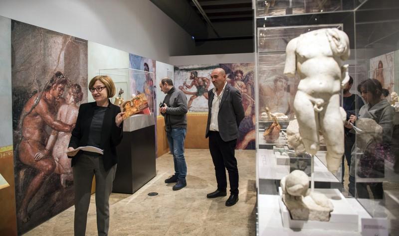 El museu de prehist ria desvela el erotismo y las for Erotismo d epoca