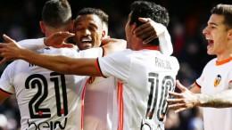 El Valencia CF rompe su mala racha con una importante victoria ante el Espanyol (2-1)