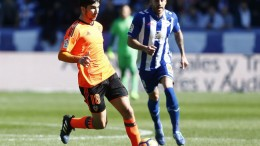 El Valencia CF pierde en Vitoria ante el Alavés en ocho minutos muy negativos (2-1)