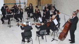 L'ORQUESTRA DE VALÈNCIA ACOSTA LA MÚSICA CLÀSSICA A LA RESIDÈNCIA DE LA TERCERA EDAT PALAU DE RAGA