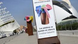 El Paseo del Arte del Umbracle acoge la nueva exposición 'Las palabras que se quedan en silencio' de Cristóbal Gabarrón