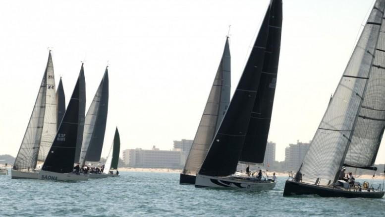 Experto, Zas Sailing, Saona y Un mar sin barreras, vencedores del Trofeo ValenciaVela de crucero
