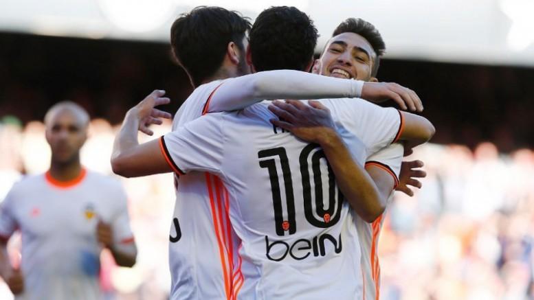 El Valencia CF se reencuentra con el triunfo ante el Deportivo (3-0)