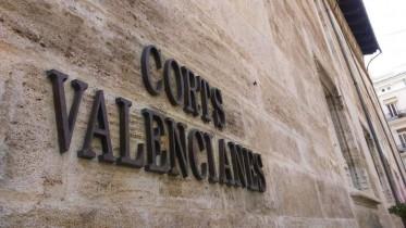 La Generalitat elimina el papel y acelera la tramitación de las iniciativas procedentes de Les Corts gracias a una aplicación informática