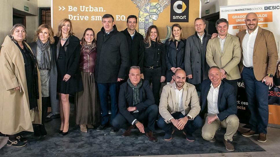 <strong>Fotocall entrada al eventoDesafío smart EQ , Esic - Mercedes Comercial Valencia</strong>