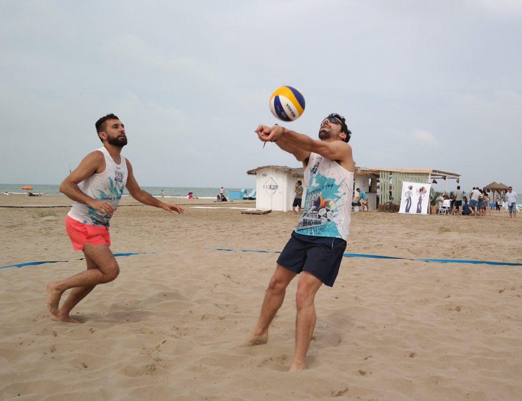 La fiesta de los deportes de playa llega a la Patacona