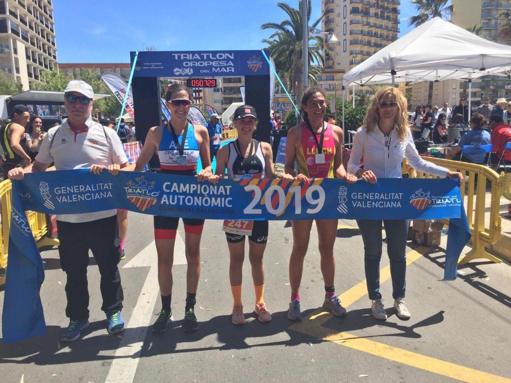Triatlón pódium femenino 2019
