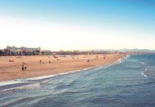 Valencia prepara medidas para la apertura de playas el lunes