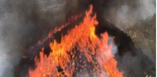 Sigue quemando el monte en Beneixama