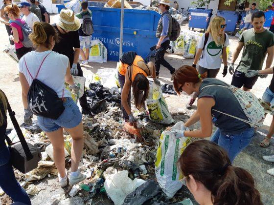 """""""Por una Albufera sin plásticos"""" Actividad de concienciación y retirada de plásticos en el Parque Natural de la Albufera"""