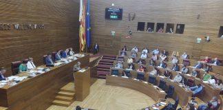 Corts Valencianes conmemora el 25 d'Abril con una visita virtual