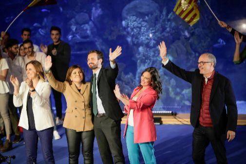 Casado, Bonig, Hoyo, de la Rosa, Catalá en mitin PP