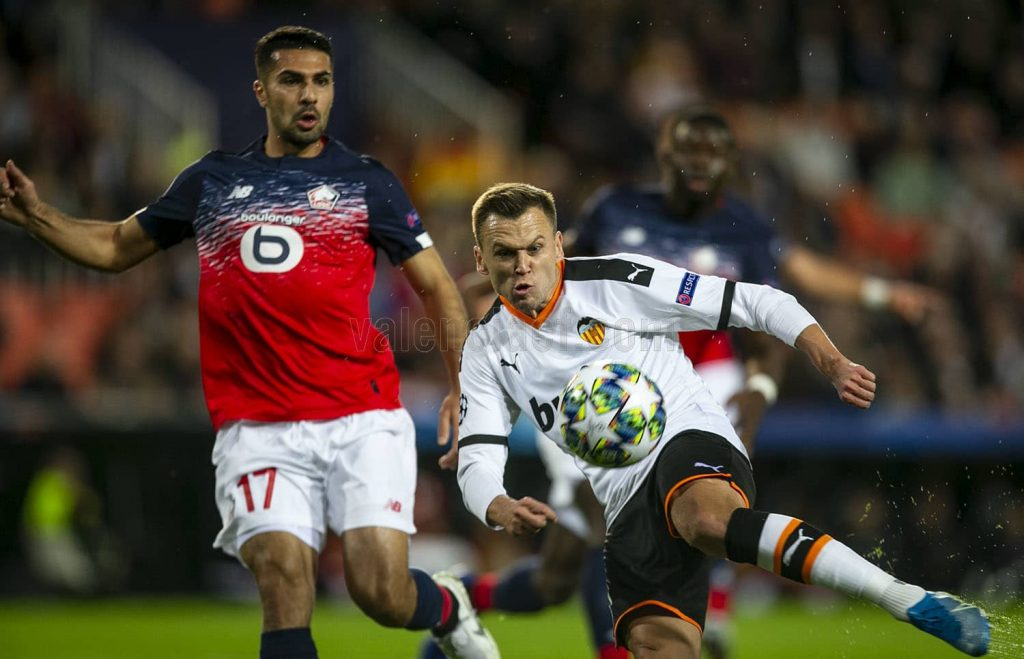 El Valencia CF destroza al LOSC Lille en una impresionante segunda parte (4-1)