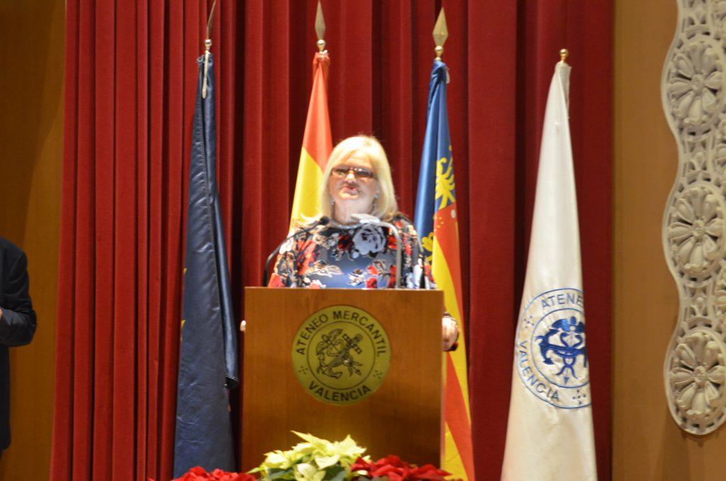Carmen de Rosa Presidenta del Ateneo