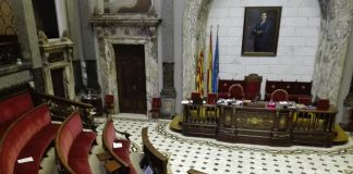 La oposición estalla en el último Pleno del año