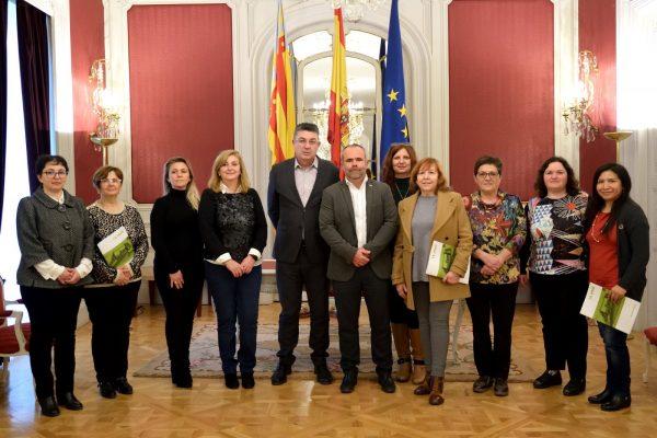 El President de Les Corts recibe a las Mujeres de la Unio de Llauradors i Ramaders