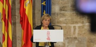 Ana Barceló, Consellera de Sanidad, enfada a todos los servicios sanitarios valencianos