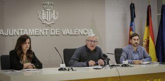 En plena Crisis, el Ayuntamiento aprueba peatonalizar la Plaza del Ayuntamiento