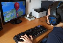 Un estudio de la CEU UCH de Castellón y la UV analiza los patrones de uso de videojuegos y sus diferencias entre los y las adolescentes