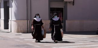 Valenciaport recibe más de 700 fotografías para la exposición-homenaje sobre la pandemia del Covid-19