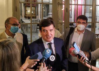"""Fernando Giner censura que cuando muchos valencianos lo están pasando mal, el alcalde Ribó """"siga dedicando 60.000 euros de dinero público a sus entidades afines"""""""