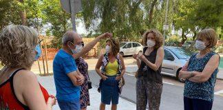 El PP se reúne con los vecinos del Xenillet, afectados por una plaga de mosquitos y producida tras una obra incompleta de la CHJ