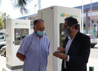 Iberdrola pone en marcha tres puntos de recarga para vehículos eléctricos en Llíria