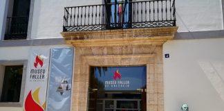 Los museos fallero y de la Semana Santa marinera abrieron sus puertas ayer