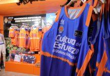 Reapertura de las tiendas de Valencia Basket con descuentos del 50% en la ropa de esta temporada