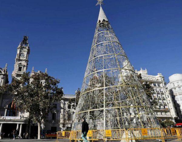 Arbol de Navidad del Ayuntamiento de Valencia 2018. ValenciaNews