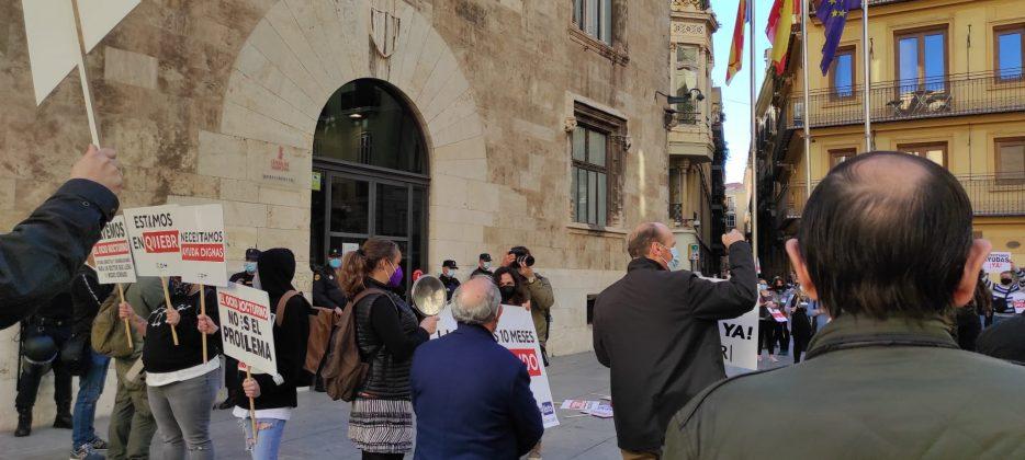 Las patronales hosteleras de la Comunidad Valenciana exigen el pago inmediato de las ayudas covid prometidas por la Generalitat Valenciana